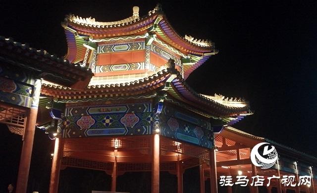 【网络中国节·元宵节】灯火璀璨迎元宵 流光溢彩不夜城