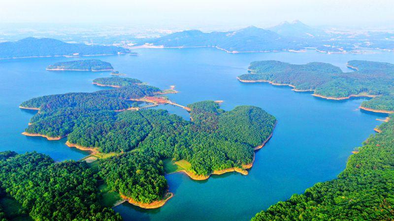 【今日驻马店】鸟瞰确山中原红土地、春天薄山湖