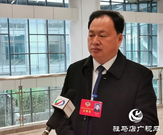 政府工作报告在政协委员中引起强烈反响