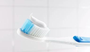 长期使用含氟牙膏对身体无害