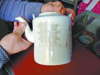 清末民初瓷壶雕古代黄鹤楼 稀世珍品