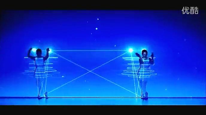 利用舞台灯光效果 演绎让人目瞪口